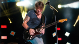 Keith Urban and Nile Rodgers Perform'Sun, Don't Let Me Down' in LA