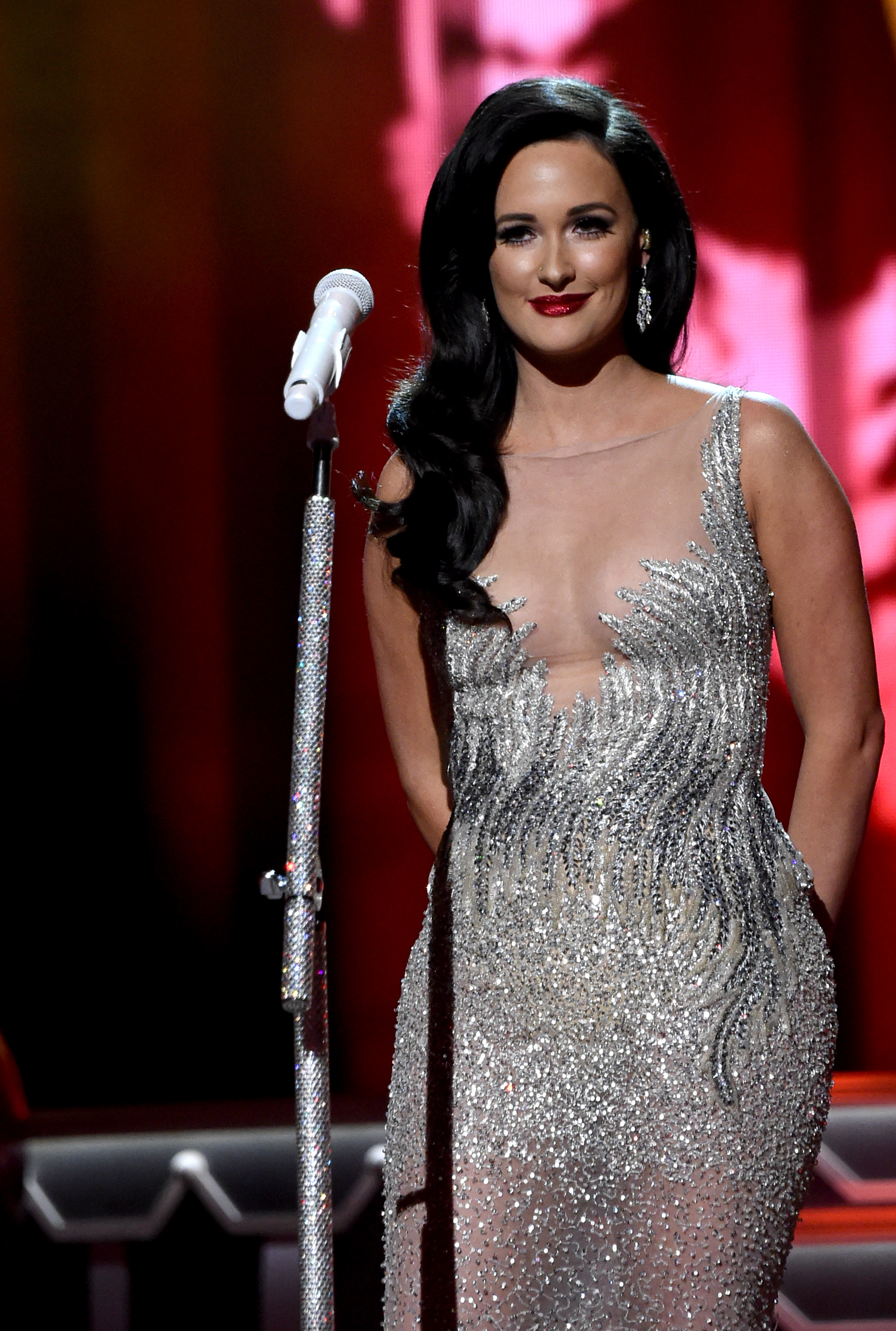 Kacey Musgraves\' \'A Very Kacey Christmas\' Albu... | News | MegaCountry