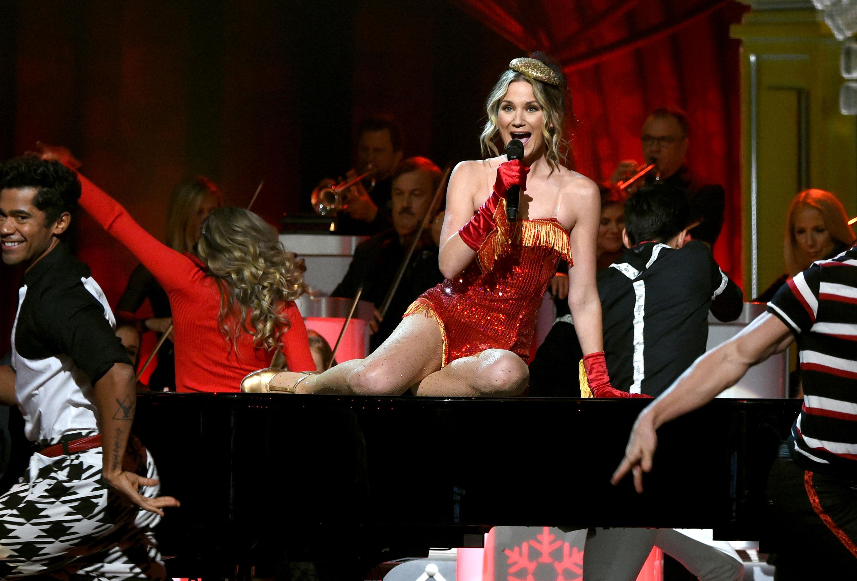 Hot Shots: CMA Country Christmas | News | MegaCountry