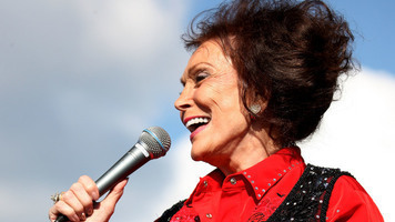 Cooking Country: Loretta Lynn