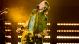 Keith Urban & Carrie Underwood Perform'The Fighter' in New Zealand