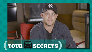 Justin Moore's Tour Secret Will Make Sports Fans Really Jealous!