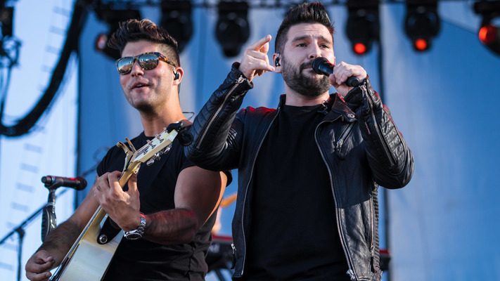 Dan + Shay Play Sold Out Show at The Ryman Auditorium