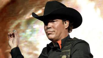 Clay Walker's 8th Annual Chords Of Hope Benefit Concert