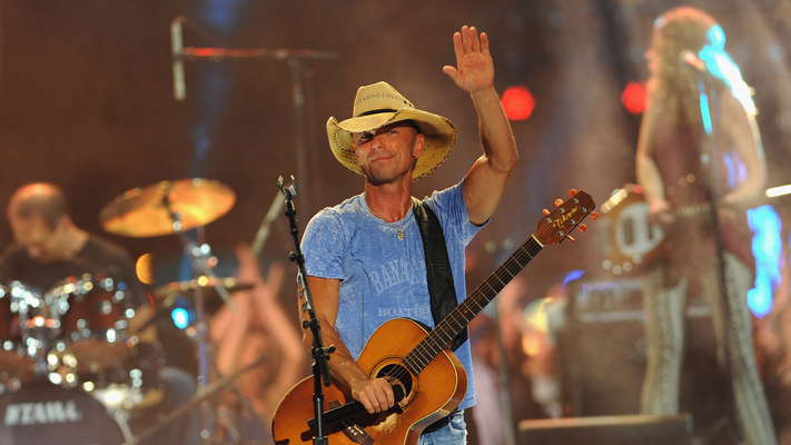 Kenny Chesney, FGL, & More Lead Country Nominationsat The 2017 Billboard Music Awards