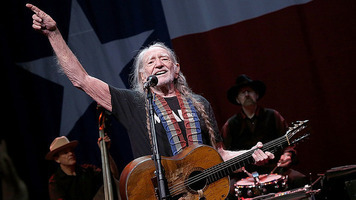Willie Nelson's 2017 Outlaw Music Festival Tour & 4th of July Picnic