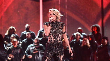 Carrie Underwood Performs National Anthem at Nashville Predators Game