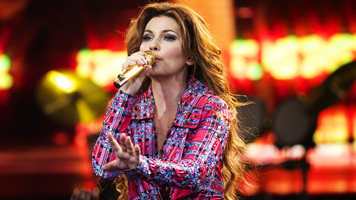 Shania Twain Talks Stagecoach, New Music & More