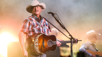 Alan Jackson & Lee Ann Womack Get Down On Honky Tonk Highway Tour