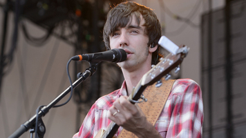 Relive Mo Pitney's Best Performance Moments During LakeShake