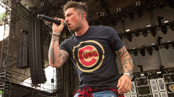 See 12 Exclusive Shots of Michael Ray During LakeShake 2017