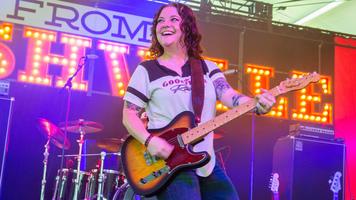 Ashley McBryde Rocks The 2017 LakeShake Music Fest
