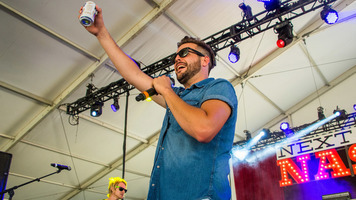 Jackie Lee Shakes Things Up At Faster Horses Festival