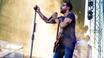 See 14 Stunning Live Shots Of Old Dominion