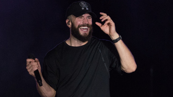 Sam Hunt Live At Route 91 Harvest 2017 - See The Superstar Close Out Day 2