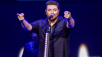 Chris Young Is Going Strong On His Losing Sleep Tour