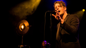 See Anderson East Get Soulful With These Exclusive Pics!