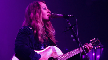 Margo Price Is A Strumming Queen On Her Nowhere Fast 2018 Tour