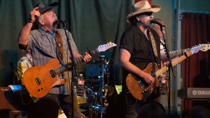 Hot Shots: The Bellamy Brothers Live