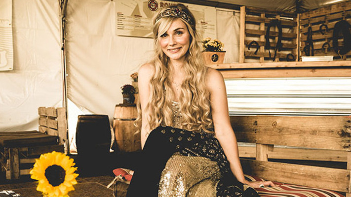 Clare Bowen Sparkles and Stuns! 12 Astonishing Pics