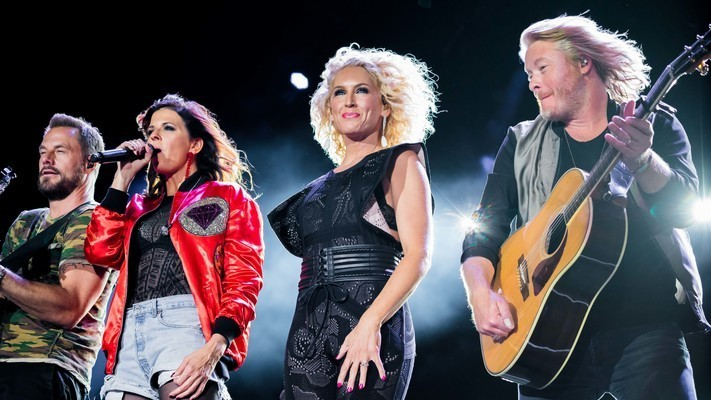 Little Big Town Lights Up Route 91 Harvest, See 9 Exclusive Photos!