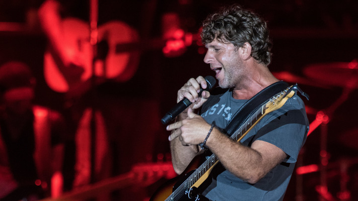 Route 91 Harvest: Billy Currington