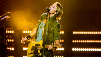 Exclusive: Keith Urban's ripCORD World Tour  – 14 Hot Shots