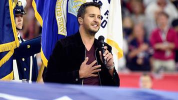 Hot Shots: Luke Bryan Performs National Anthem During Super Bowl 51