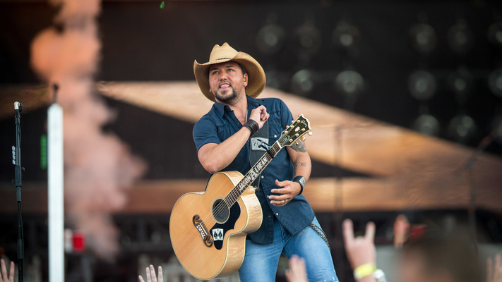 ACM Awards: Entertainer of The Year/Album of The Year