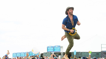 Drake White Rocks Tortuga Fest 2017 in Exclusive Gallery!
