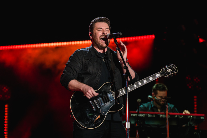 Chris Young performs on the Nissan Stadium stage during day 3 of the 2017 CMA Music Festival on June 10, 2017 in Nashville, Tennessee.