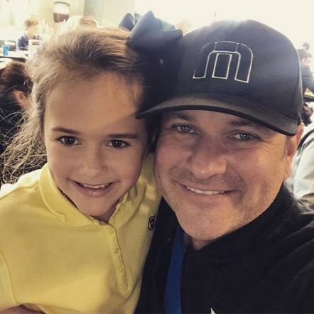 Jay DeMarcus of Rascal Flatts visited his daughter's school for a pre-Thanksgiving feast!