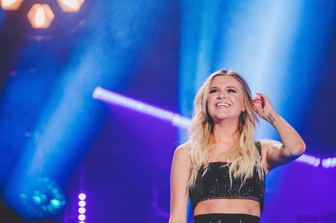 Kelsea Ballerini shared a beaming photo to express how thankful she is this year.