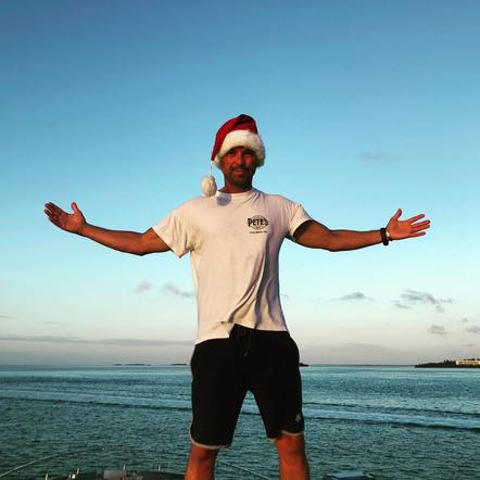 Kenny Chesney celebrated the holidays island style!