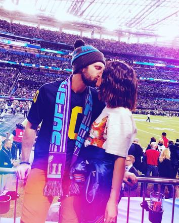 Maren Morris and Ryan Hurd shared an adorable field-side kiss at the big game.