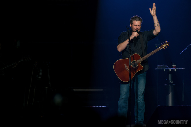 Blake Shelton performs at the American Airlines Center during his Country Music Freaks Tour on Friday, March 2, 2018.