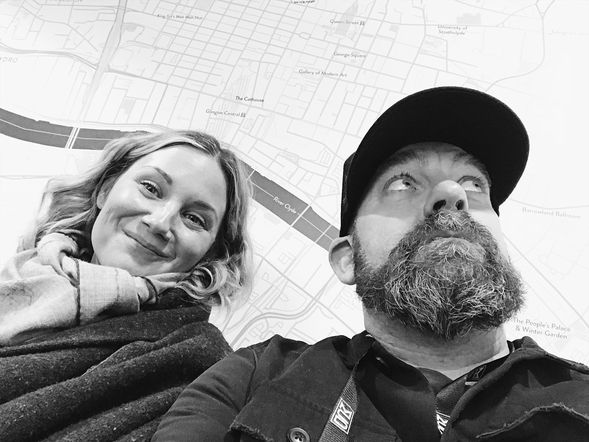 Sugarland's selfie game was strong over their time in the UK!
