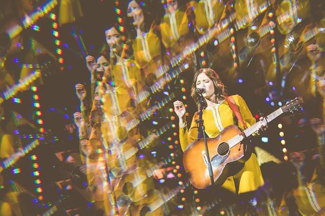 Jillian Jacqueline shared a psychedelic photo from her performance to a crowd of 14,000 people in London!