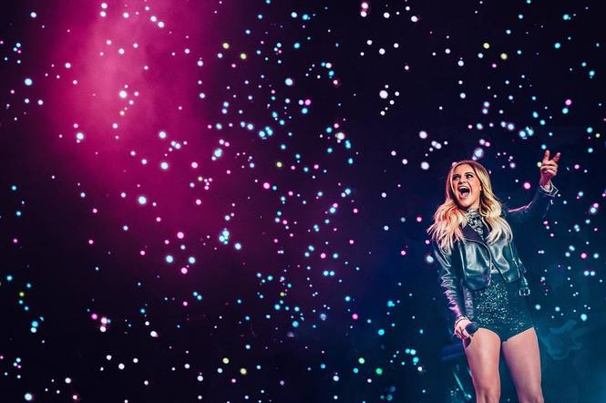 Kelsea Ballerini among a sea of sparkles and lights at C2C is one of the most beautiful pictures we've ever seen.