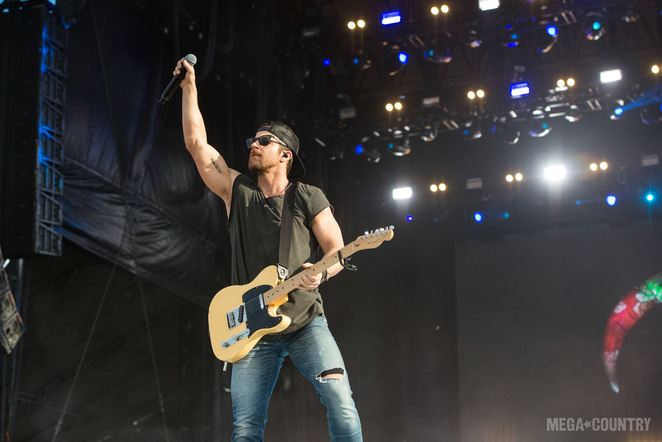 Kip Moore performs during the 2018 Tortuga Music Festival on April 7, 2018 in Fort Lauderdale, Florida.