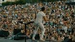 Russell Dickerson posted a great video thanking CMA Fest fans for being the best crowd ever and thanking FGL's Tyler Hubbard for coming out on-stage with him to surprise the fans!<br>