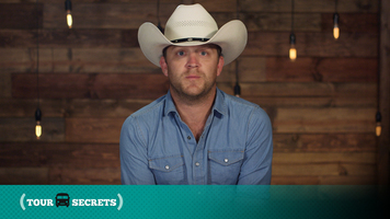 Find Out Why Justin Moore's Tour Secret Will Save You Lots Of Headaches