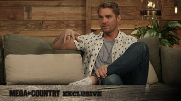 Brett Young's Tour Workout Is Painfully Hilarious