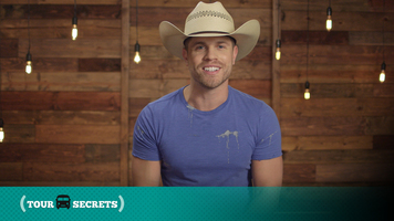 Dustin Lynch Likes To Keep Things Minty Fresh While On Tour