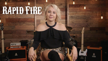 RaeLynn Answers A Bunch of Questions in Our Rapid Fire!